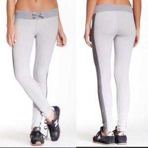 Lucy Lean & Mean Sweatpants Leggings Gray Large